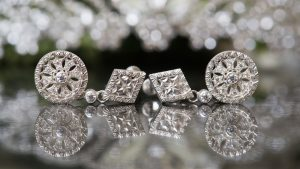 フィレンツェ透かし彫りのイヤリング